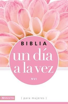 Biblia NVI Un Dia A La Vez Rustica Rosa (Rústica)