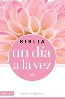 Biblia NVI Un Dia A La Vez Rustica Rosa